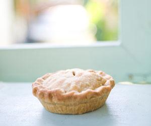 pie by the window